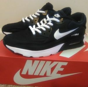 EUC Nike Air Max Ultra (Size 7M/8.5W)